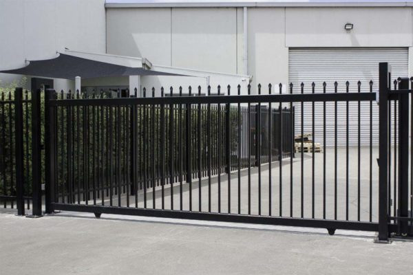 Commercial Driveway Gate